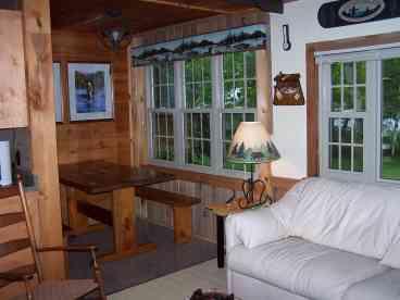 Lakeside Cabin on Embden Pond