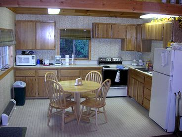 Little Salmon Cabin located bw New Meadows and Riggins