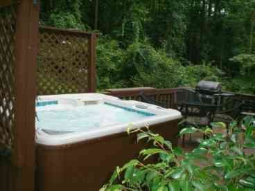 Dream Chalet-HotTub-MassageChair-FP-WiFi