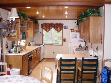 Big Bear Casita - Beautiful family home - 5' to Slopes. Just remodeled