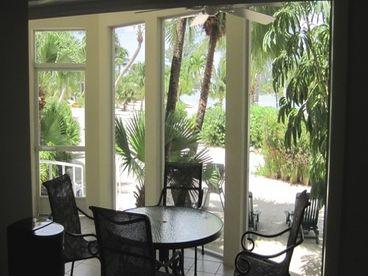 Barefoot Lagoon - Island House
