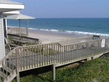 Vacation Rental - A Beach Escape - Topsail,NC SCREENED Porch, Deck Shower