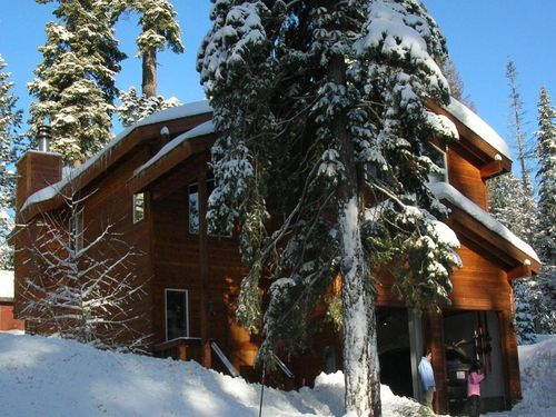 Winter Family Vacation in Lake Tahoe