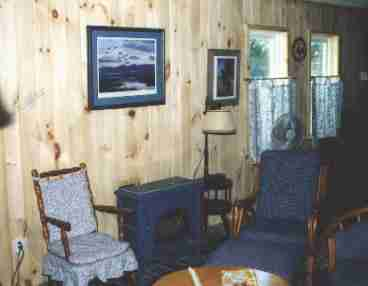 Cottage Directly on Lake Champlain- The Maples