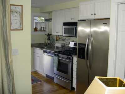 Westville Cottage-West End Luxury & Pet Friendly