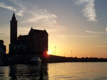 Trani : Il Frutteto Comfortable Apartment  in a Wonderful Trani