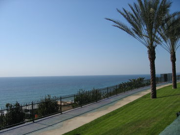 BEAUTIFUL BLUEWATER  OCEANVIEW+  STUNNING + POOL + BEACH ACCESS !!!