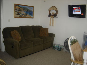 Immaculate 2 Bedroom Waterfront Condo Center Harbor, NH