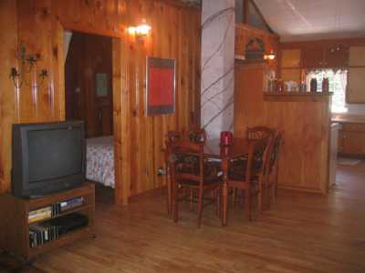 Cozy Cottages Zimackay Lakefront Rental