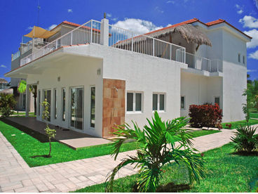 Cozumel Villa Rental Villa Coralina Sleeps 6-14 Guests Oceanfront Luxury