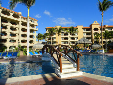 Charming One Bedroom Condo - Oceanfront Worldmark Coral Baja