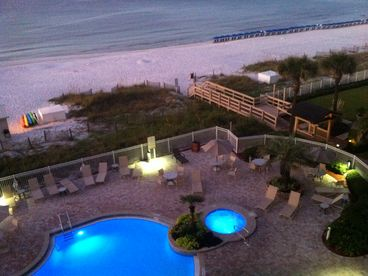 Oceanfront Destin - Gorgeous Beachfront Condo with Pool and Gym