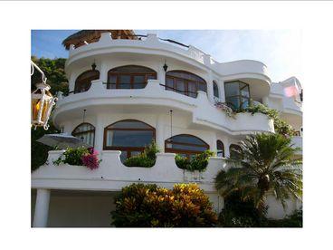 View Casa De Los Angeles