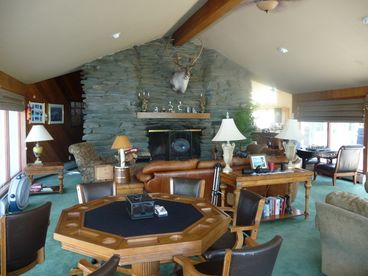 Magnificent 6 BR Luxury Stowe Chalet