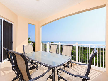 Cinnamon Beach 734, 3rd Floor Oceanfront, 3 Bedrooms, HDTV, 2 Pools Spa, Wifi