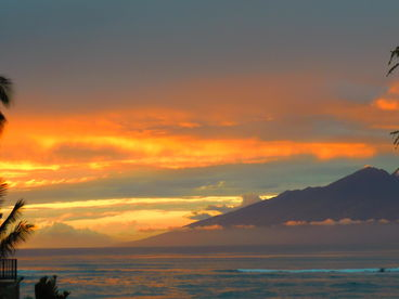 MAUI@KAHANA VILLAGE OCEANFRONT VILLA ON BEACH CORNER END WRAPAROUND VIEW SALE