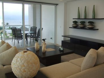 Shangri La Condominiums -- Book NOW for the Holidays-Condo Randy