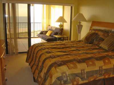 ***Newly Updated Gulf-Front Clearwater Beach Condo