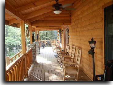 Adventurewood Log Cabin in Brown County Indiana