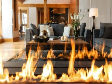 Tremblant Luxury Grand Foret Villa 5BR Private Spa Billiards Firepit