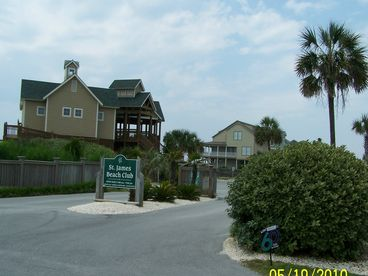 Paradise Found in St. James Plantation-Condo near the Cape Fear river,& ocean