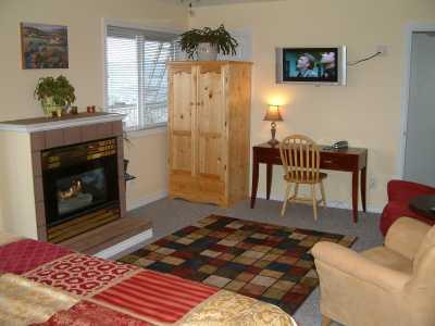 Acker Vacation Homes & Suites - Kelowna BC Rentals