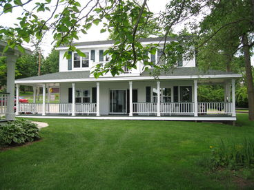 Maplewood Shores Three Cottage Estate Vacation Rental - Green Lake, WI