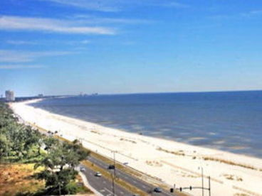 10th floor Affordable Luxury Biloxi Beach Condo next  to Casino/Coliseum