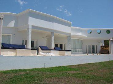 Villa del Reyes