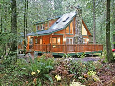Mt. Baker Lodging Cabins and Condos at Mount Baker / Glacier!