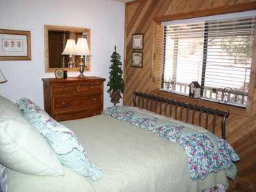 A Pinecone Lodge Flintridge