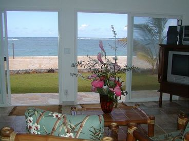 Available! Absolute Hawaii Oceanfront Home