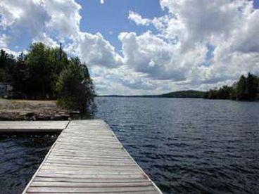 Luxury lakefront cottage complete with boat for rent