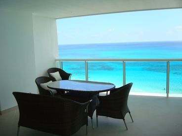 Cancun Hotel Zone Porto Fino  Bay View Grand Luxury Condo Reduced Rates