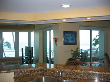 Luxurious Paraiso II Beachfront Condo
