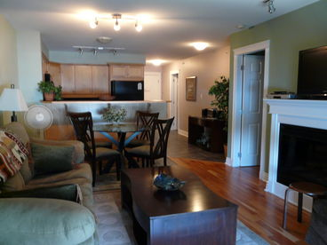 Kootenay Lake Waterfront Condo