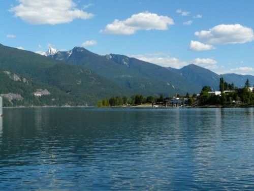 View Kootenay Lake Waterfront Condo