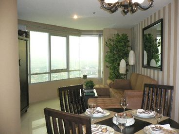 1 bedroom in Greenhills Shopping Mall with great view of Manila