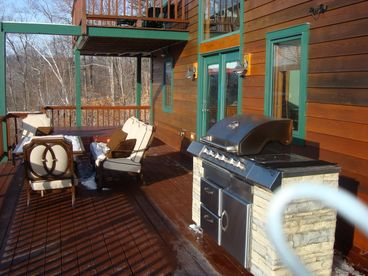 Spectacular Sunday River Ski House Sleeps 18