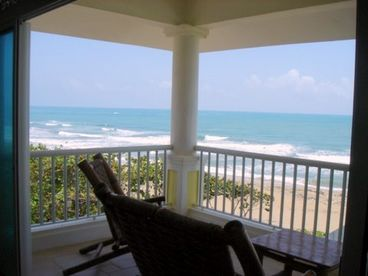 Victorian Condominium - 2 Bedroom Beachfront Penthouse