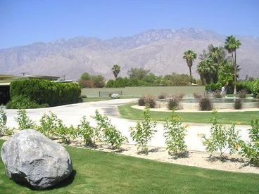 Palm Springs Classic Luxury Estate With Everything