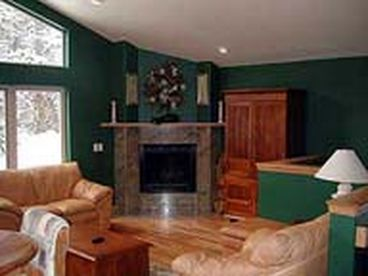 Snowy V Vacation Rental Home - Sleeps 30