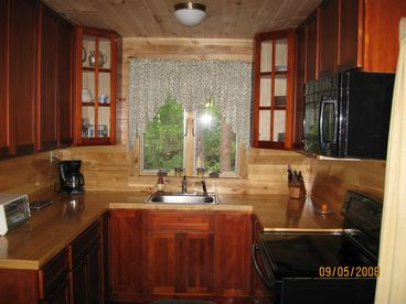 Adirondack Log Cabin - White Water Rafting, Mountains and Lakes Nearby