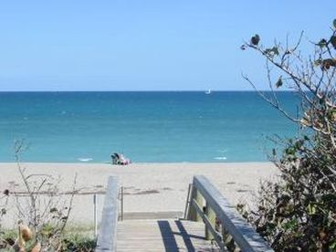 Juno Beach - Palm Beach Barrier Island; 3 Bdrm Home w Pool Ocean @ End of Street