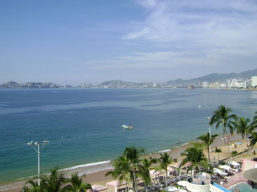 Acapulco 2 Bedroom Beachfront Condo