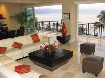 Like No Other, Entire Beachfront Floor, In Town, Luxury