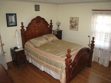 3 Vacation/Executive Home - Perfect Location & Decor