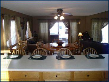 Izatys Resort - 3 Bedroom Lakeside Townhome