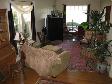 Redding Bed & Breakfast :: The Desmond House