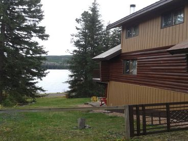 Lakefront Cabin for Year Round Outdoor Sport